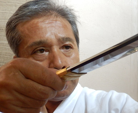 刀を見る目は鋭い尾川さん